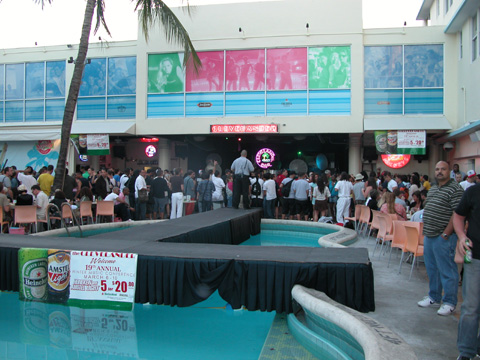 Clevelander Hotel South Beach Florida Nightclubs Clubs Nightlife Nitelife Music Events Djs Lifestyle Fashion Newyork